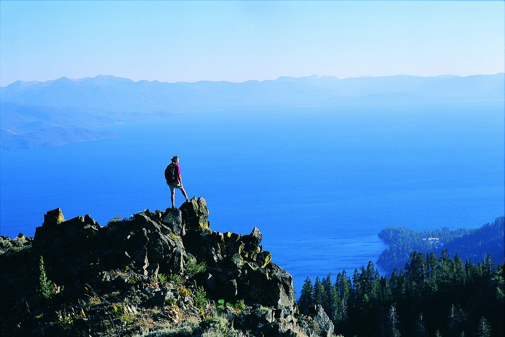 hiking-lake-tahoe-nevada