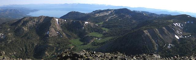 ren-tahoe-hiking